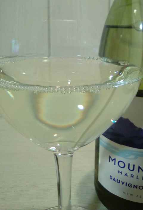 Mount Riley SAuvignon blanc Marlborough glass