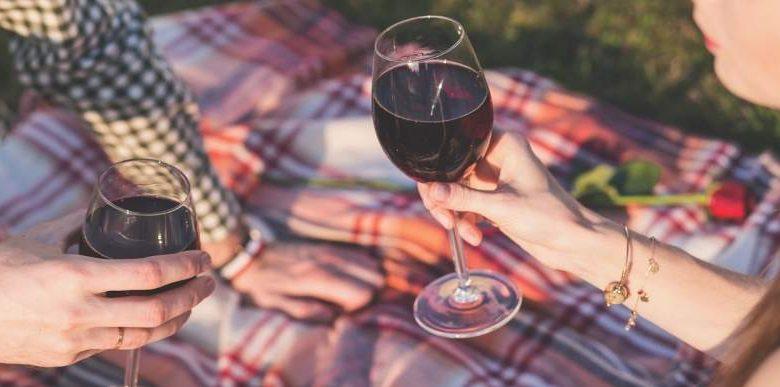 пикник вино и гриль